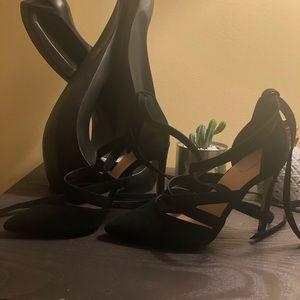 Aldo Shoes - Tie up heels